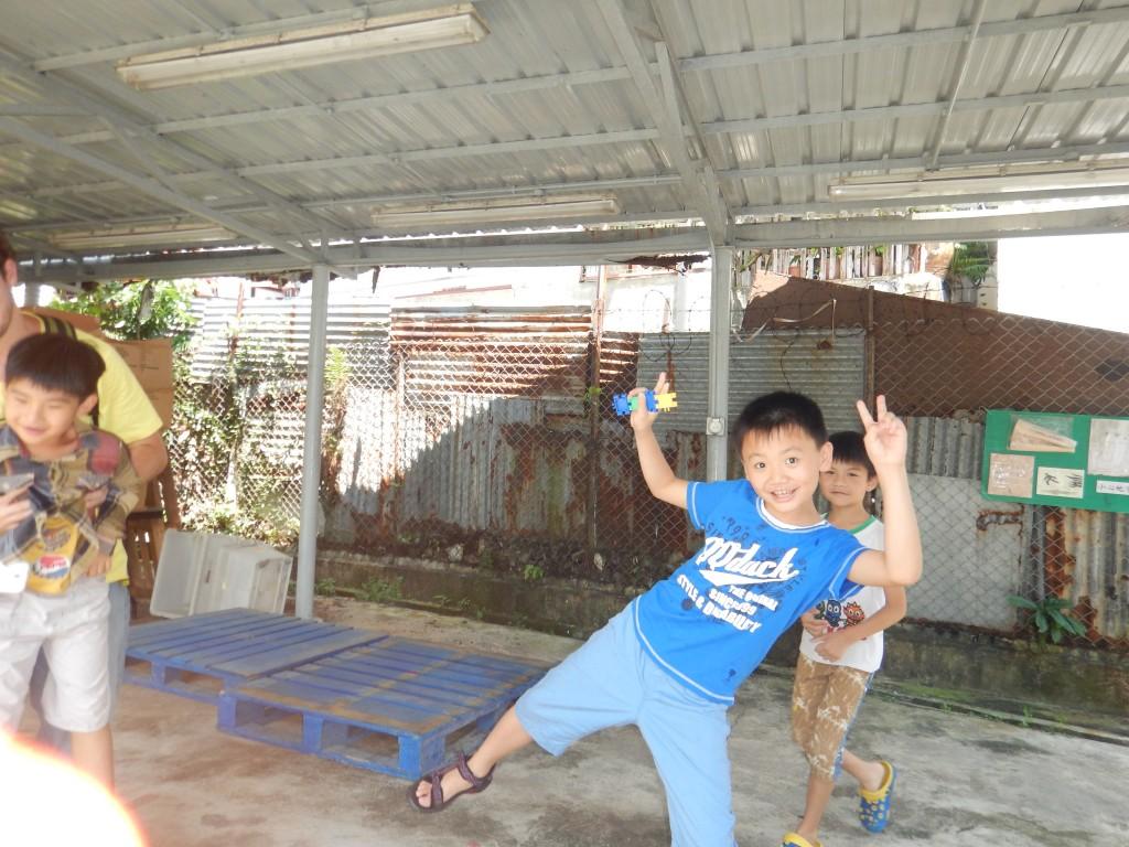 Kids in Lei Yu Mun
