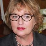 Dr Margaret Isabel Hall