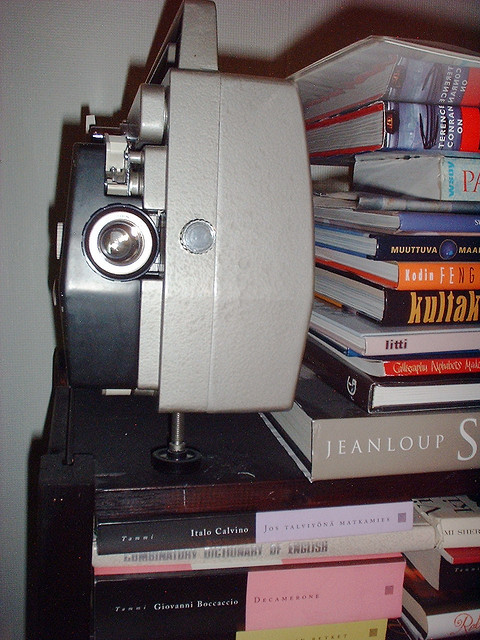 'books & projector' by  Sami Keinänen (CC BY-SA 2.0)