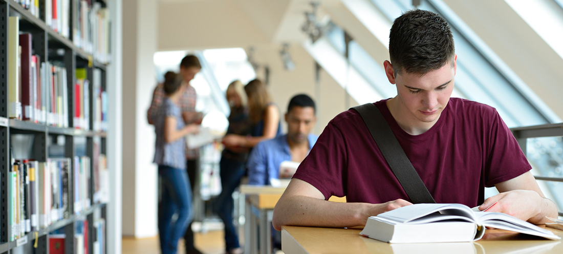 studying at university essay A beginner's guide to writing in english for university study learn how to use english for study at university or college and develop your writing skills, vocabulary and grammar.